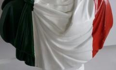 Leopapp tecnica Misto acrilico su busto di materiale cementizio e gesso  anno 2016  misure  base cm 20, larghezza max. cm. 48 ed h. 48 cm, peso kg. __ titolo Giulio Cesare